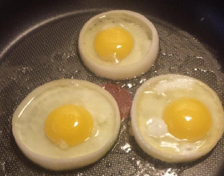 Cooking hacks: eggs