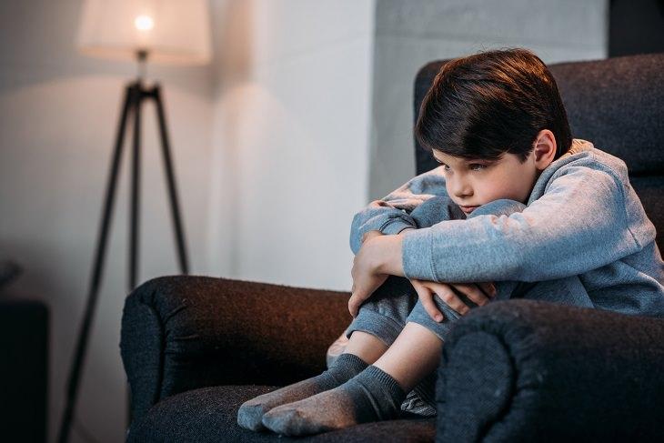 Depression in boys: depressed boy