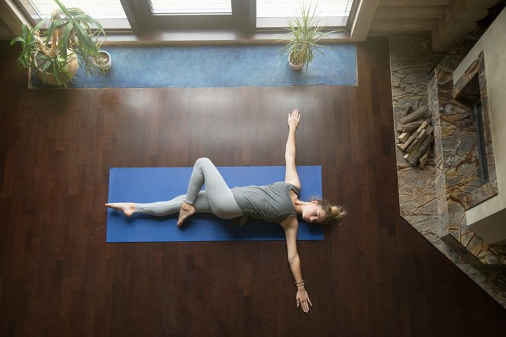 Lower Back Spasm Exercises Supine Twist
