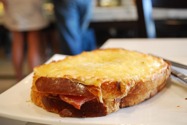 foods to try in France Croque Monsieur and Croque Madame
