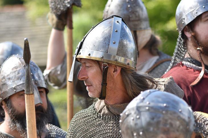 Vikings: armor