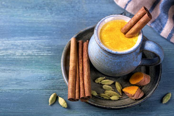 Golden milk: with cinnamon