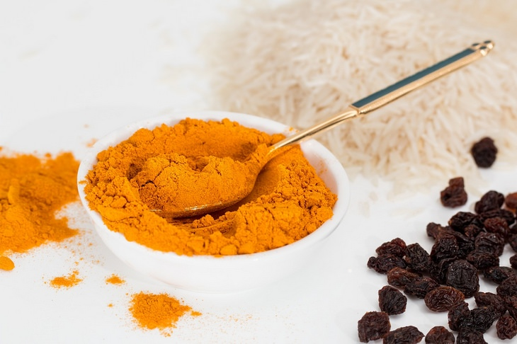 Golden milk: curcumin