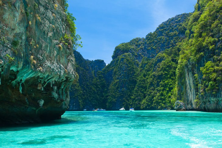 closed tourist destinations Maya Bay Thailand