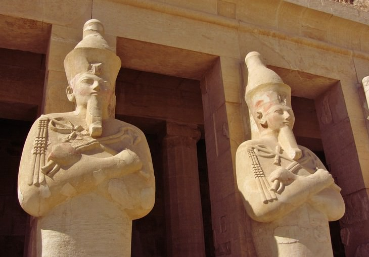 11 places where photography is forbidden Valley of the Kings Luxor, Egypt