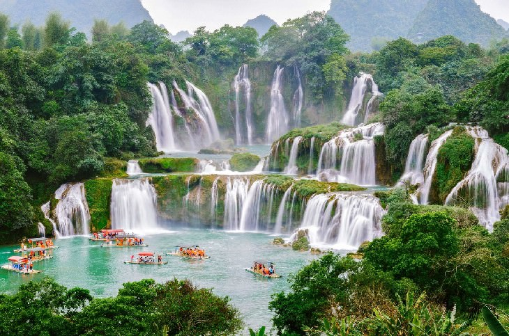 waterfalls Ban Gioc- Detian Falls