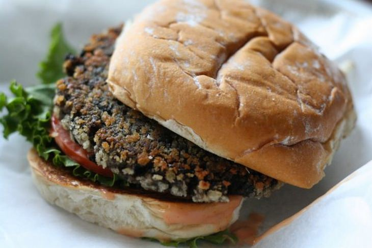Meat substitutes: bean burger