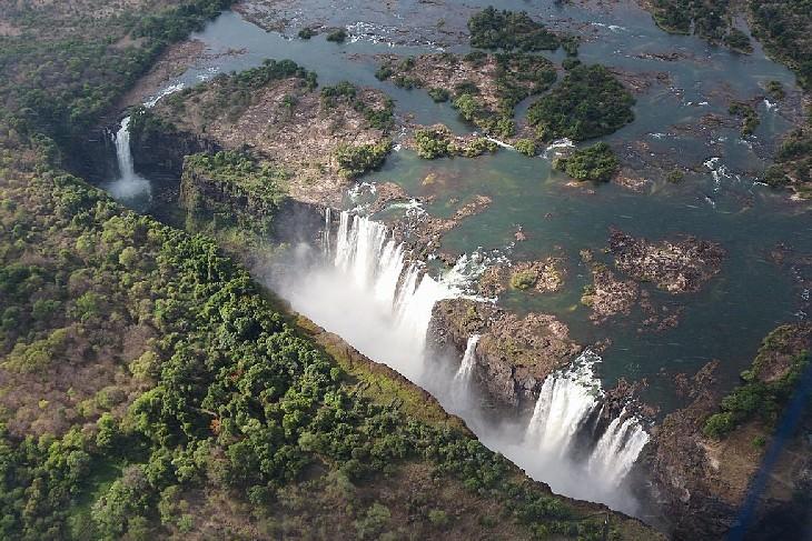 waterfalls victoria falls