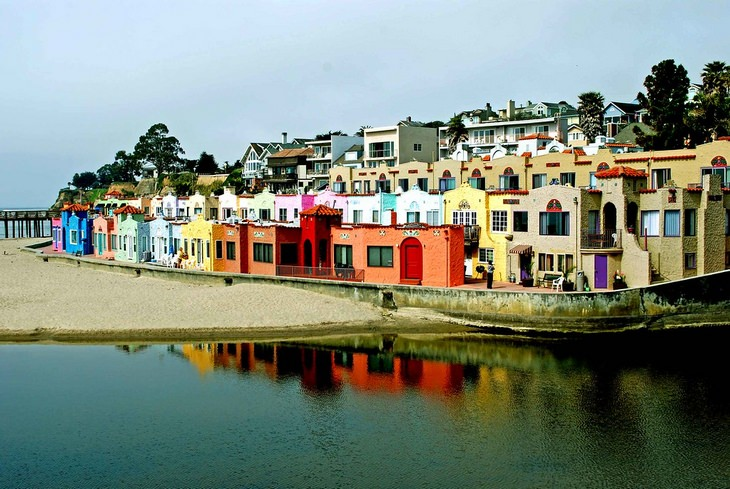 Picturesque American towns: Capitola