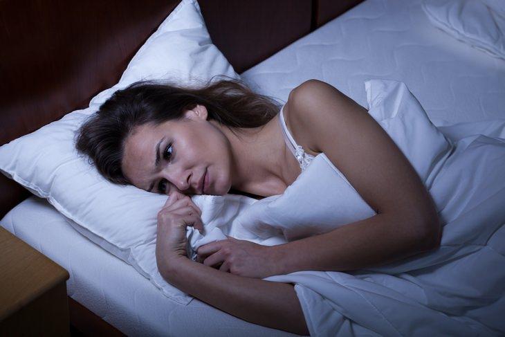 Thyroid disorders: hyperthyroidism sleep disorder