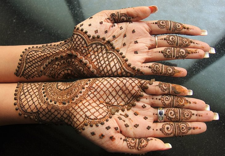 Mehndi, Mehindi, Body art, Art, Culture, Tradition, Indian, Arabic, Temporary Tattoo, Henna, Patterns, Designs