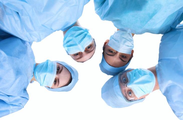 joke: surgeons looking down