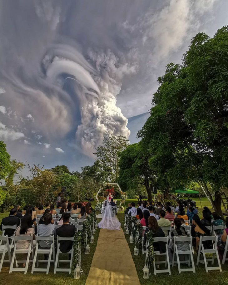 Philippines volcano taal eruption