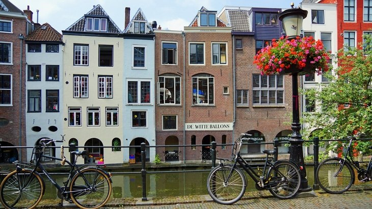 Picturesque Bike Tours