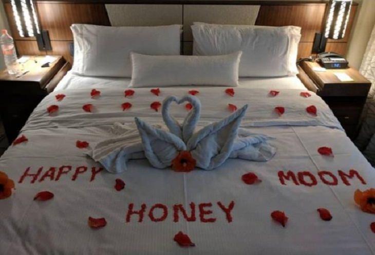 Funniest Spelling Mistakes honeymoon