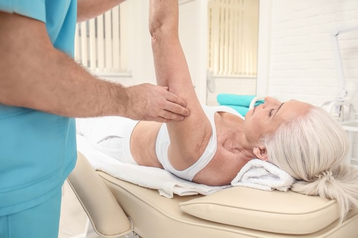 collagen supplements health benefits woman getting a massage