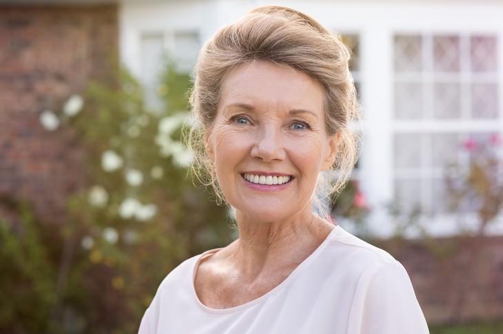 collagen supplements health benefits woman smiling