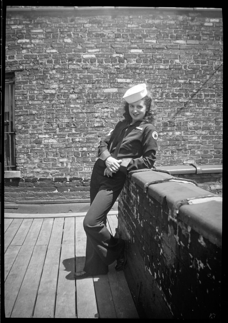 Vintage Photos That Will Take You to 1930s Chicago young woman in uniform