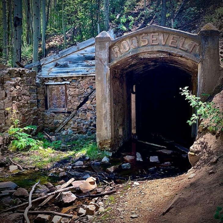 Abandoned Places, Roosevelt Gold Mine