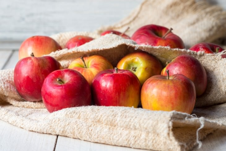 Recipe: Perfect for Fall Apple Butter, apples