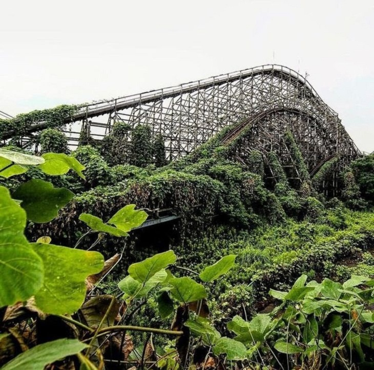 Abandoned Places, roller coaster