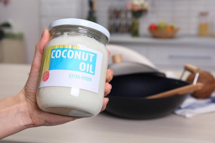 Refined vs Unrefined Coconut Oil extra virgin coconut oil