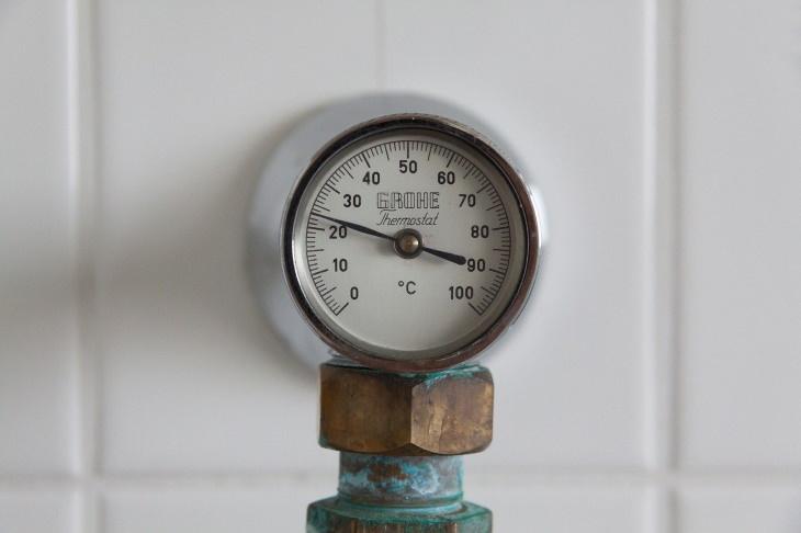 hazardous household waste Thermostat