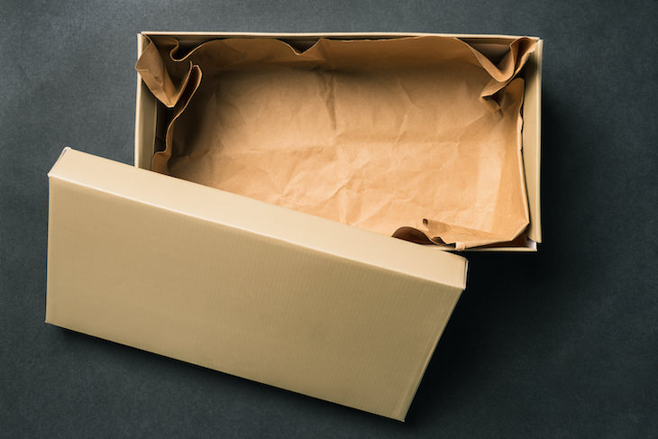11 Household Items You Should NOT Throw Away, shoebox