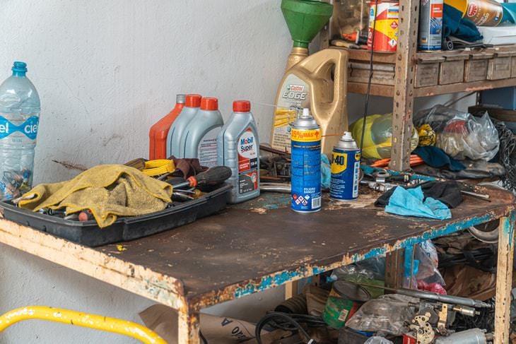 things you can toss from the garage chemicals