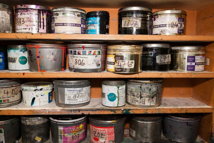 things you can toss from the garage Paint cans