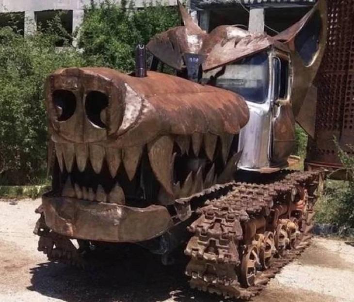 Weird Cars, tank