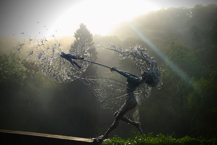 Stunning Wire Sculptures from 12 Different Artists, Fairy Sculptures Dancing With Dandelions by Robin Wight