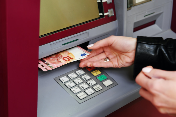 How Dirty Money Truly Is & How to Protect Yourself, taking money out of ATM