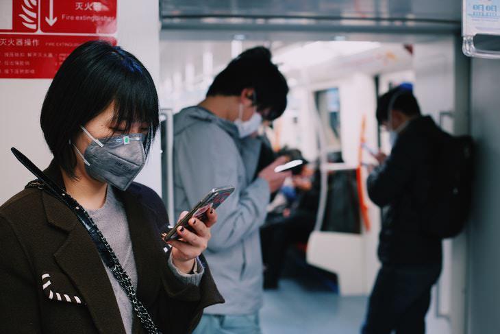 LED Lights to Eradicate the Coronavirus train masks