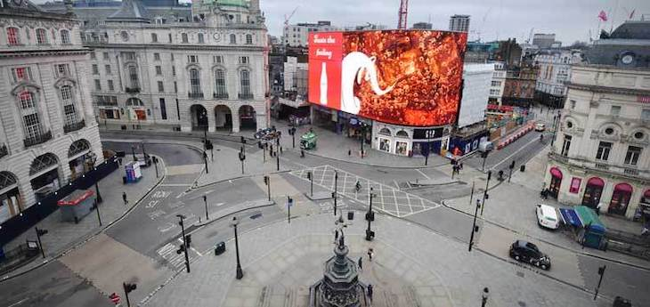 New Corvid-19 Strain In UK, Piccadilly Circus empty due to lockdown