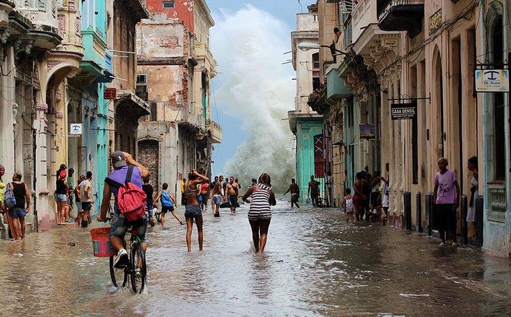 Depois do furacão IRMA por Valentina Fomina