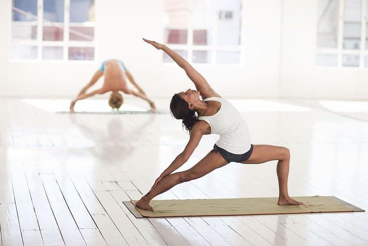 yoga styles Vinyasa (or Power Yoga)