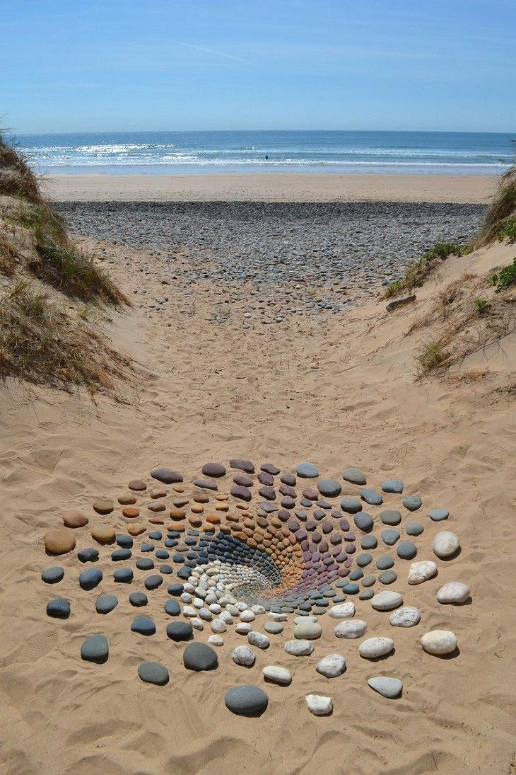 Beach stone Art pattern