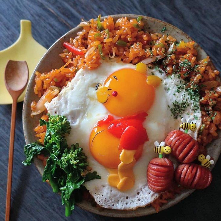 Egg Art Etoni Mama vinnie the pooh