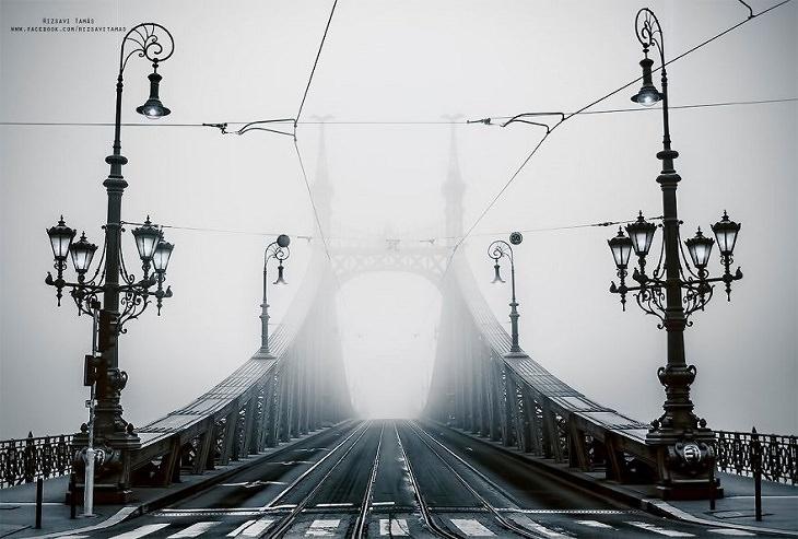 Ciudades Vacías Durante La Curantena Por Coronavirus Budapest Hungría Puente