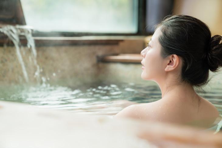heart health and baths woman in a Japanese spa