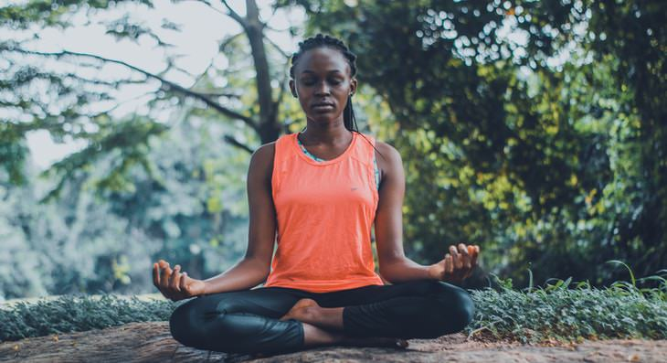How to Do Body Scan Meditation woman meditating