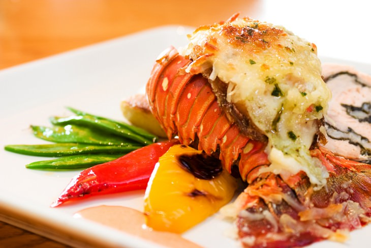 8 Common Foods That Used To Be Universally Hated lobster