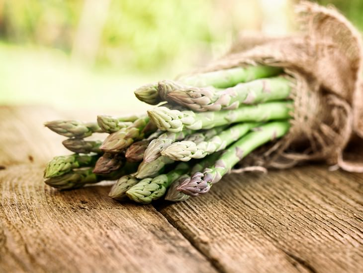 Why You Feel Bloated and How to Treat It FODMAPs asparagus