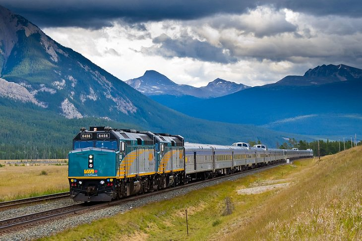 Longest Train Journeys, The Canadian