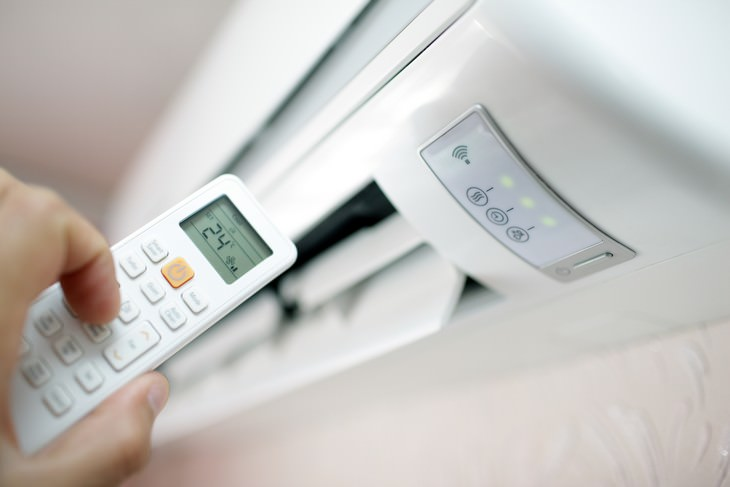 Is AC Increasing the Risk of Catching Coronavirus? air conditioner
