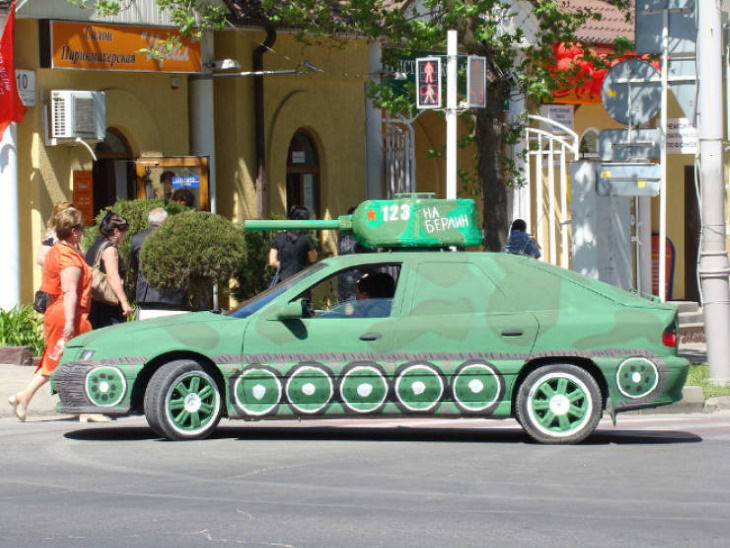 """Only in Russia: Cars Transformed into Tanks Inscription: """"To Berlin"""""""