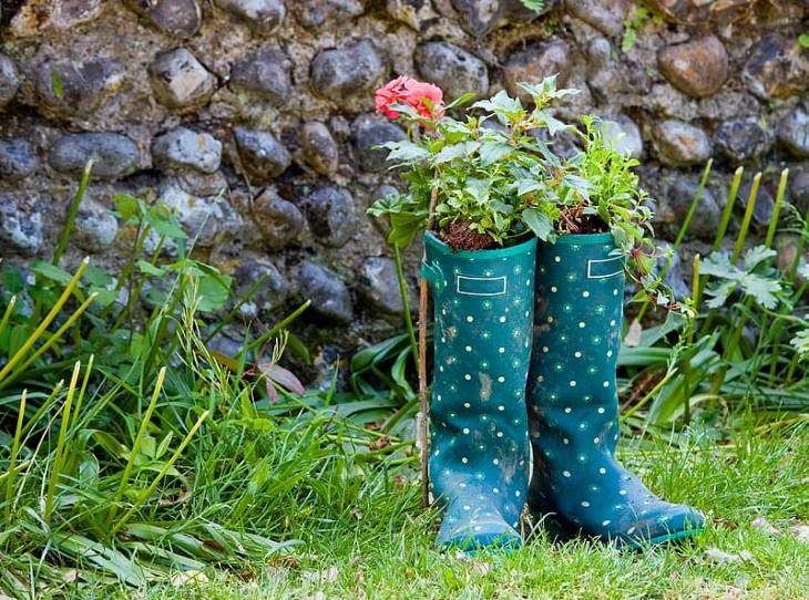 Garden Repurposing Ideas Garden Boots