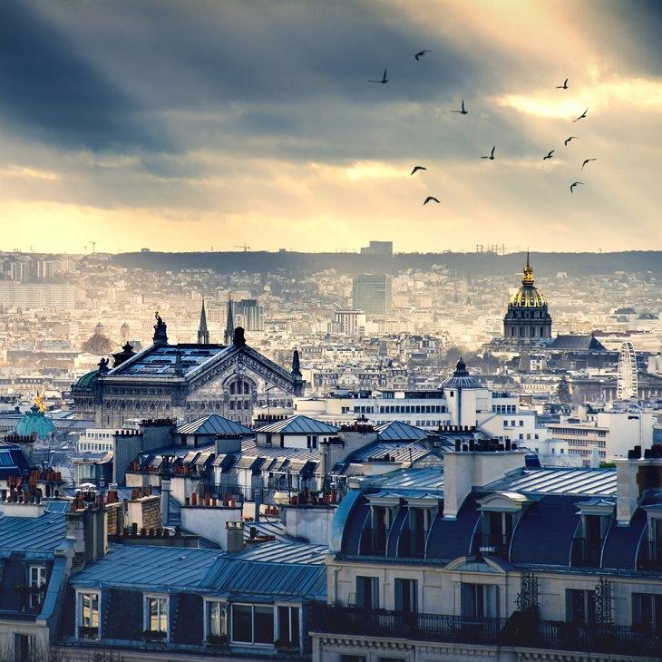 Datos Fascinantes Sobre París París fue fundada a finales del siglo III a. C. e inicialmente se llamó Lutetia.