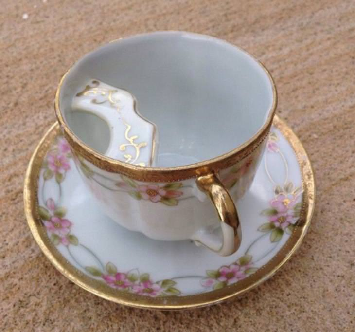 Vintage Inventions, mugs and teacup